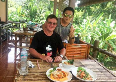 thai-cooking-classes-idjangs-kitchen-koh-tao-thailand-10
