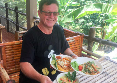 thai-cooking-classes-idjangs-kitchen-koh-tao-thailand-11