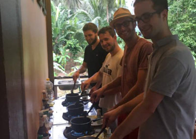 thai-cooking-classes-idjangs-kitchen-koh-tao-thailand-17