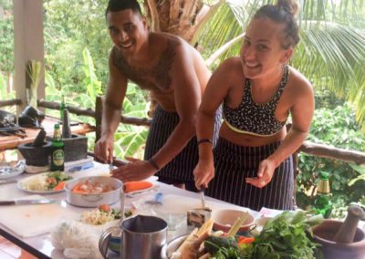 thai-cooking-classes-idjangs-kitchen-koh-tao-thailand-2