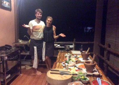 thai-cooking-classes-idjangs-kitchen-koh-tao-thailand-3