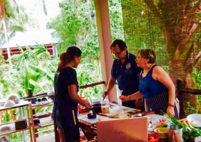 thai-cooking-classes-idjangs-kitchen-koh-tao-thailand-5