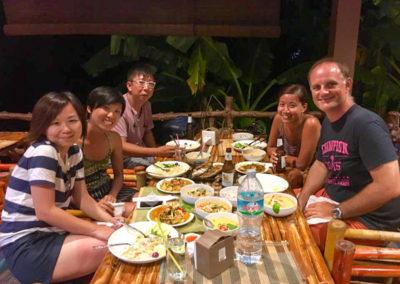 thai-cooking-classes-idjangs-kitchen-koh-tao-thailand-9